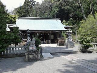 川勾神社の本堂